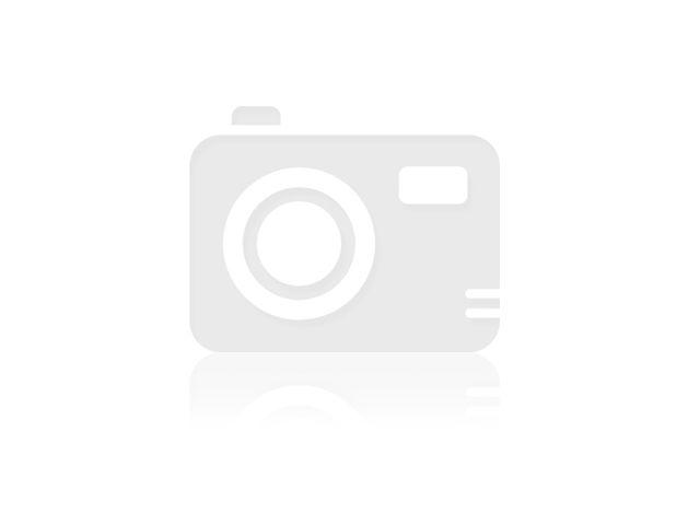 Białe ślubne skórzane czółenka Visconi