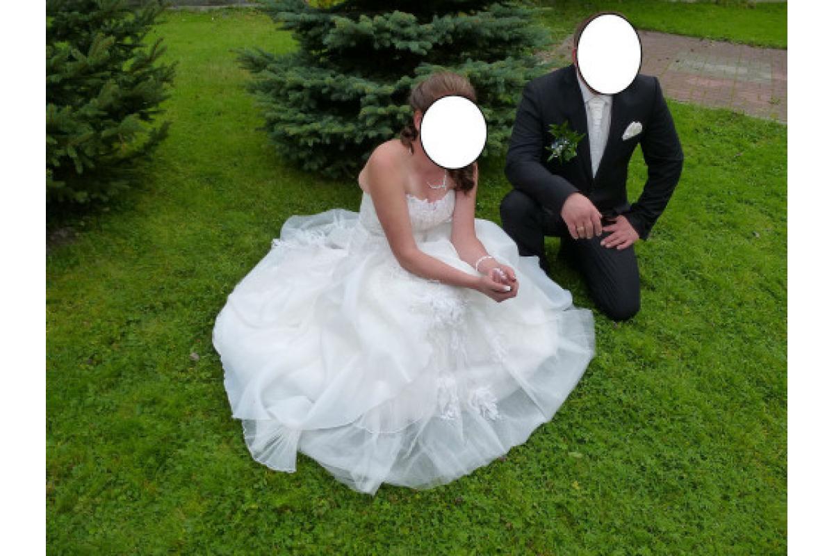 Śliczna Suknia Bogato Zdobiona+GRATISY