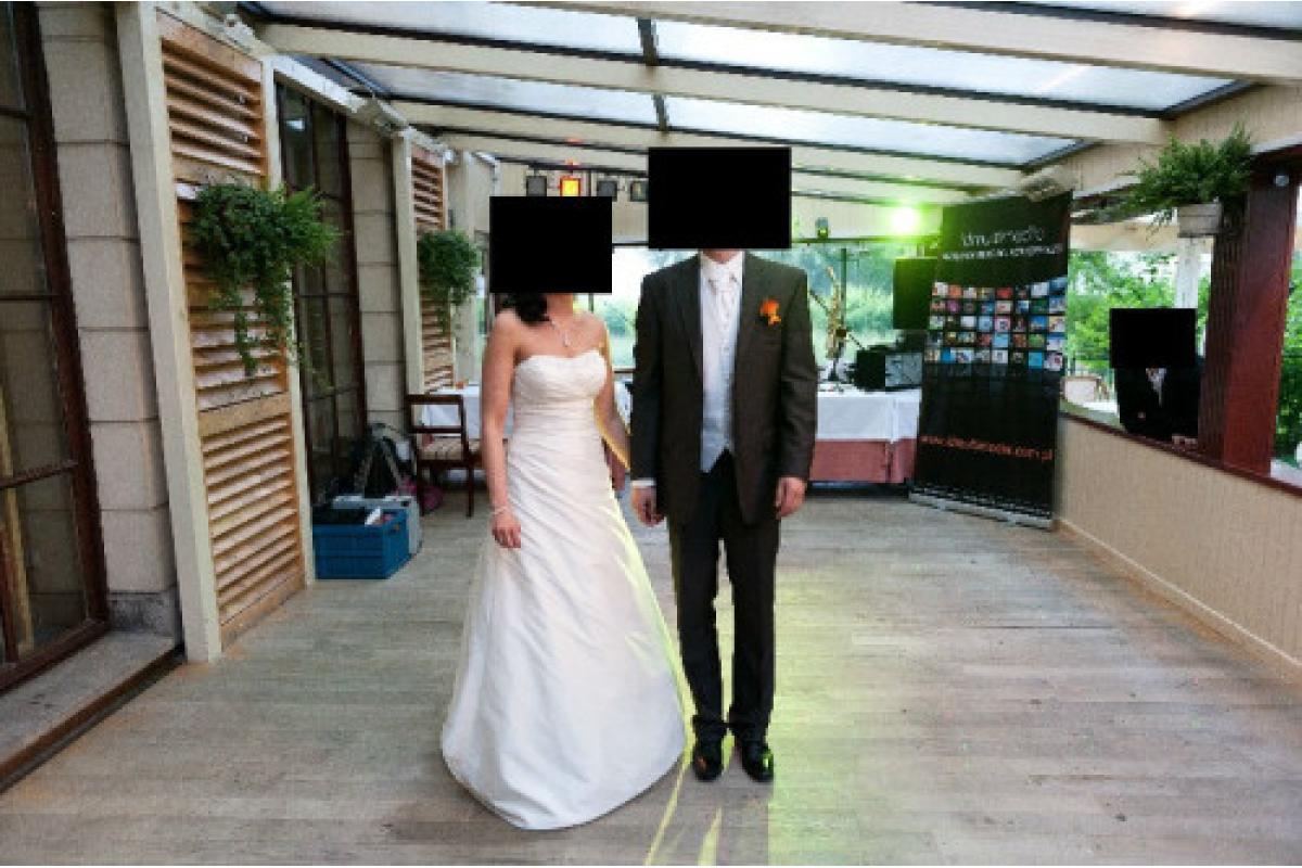Piękna suknia ślubna ivory rozm. 36/38