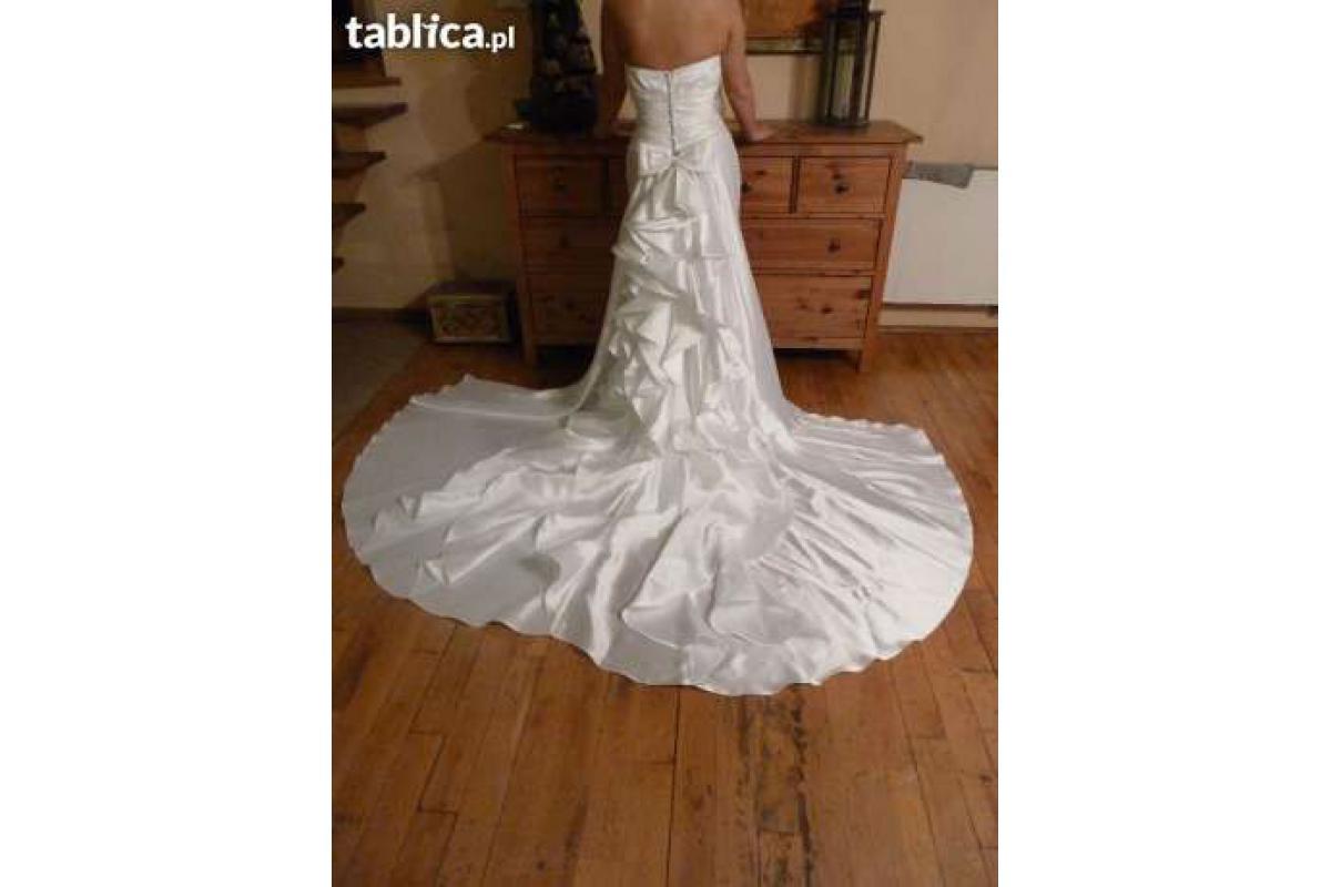 Piękna Suknia Ślubna + GRATIS !