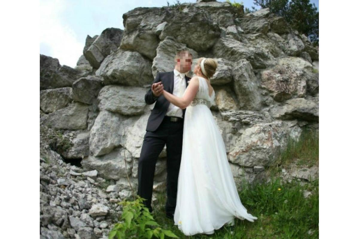 Suknia ślubna w stylu greckim, empire
