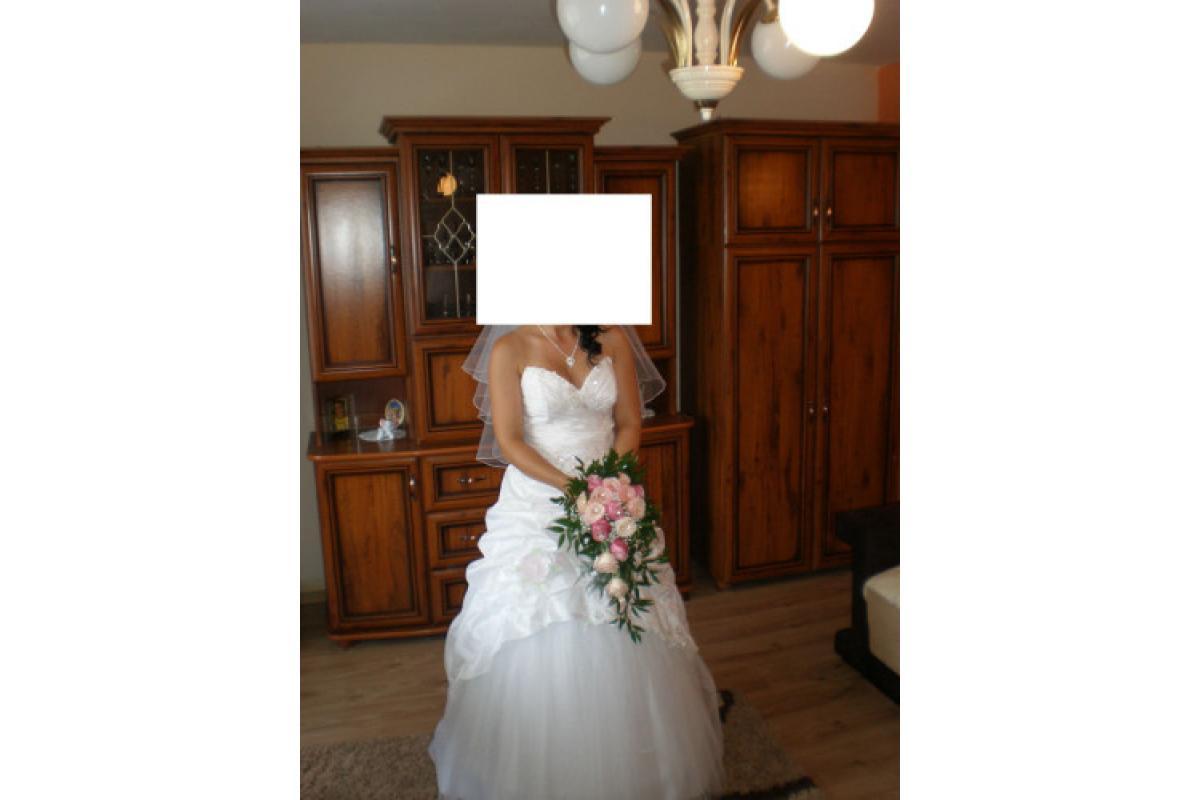 Okazja. Piękna biała suknia ślubna