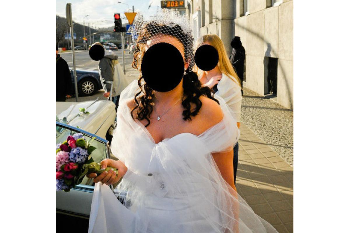 Elizabeth Passion Suknia Ślubna E-2419T