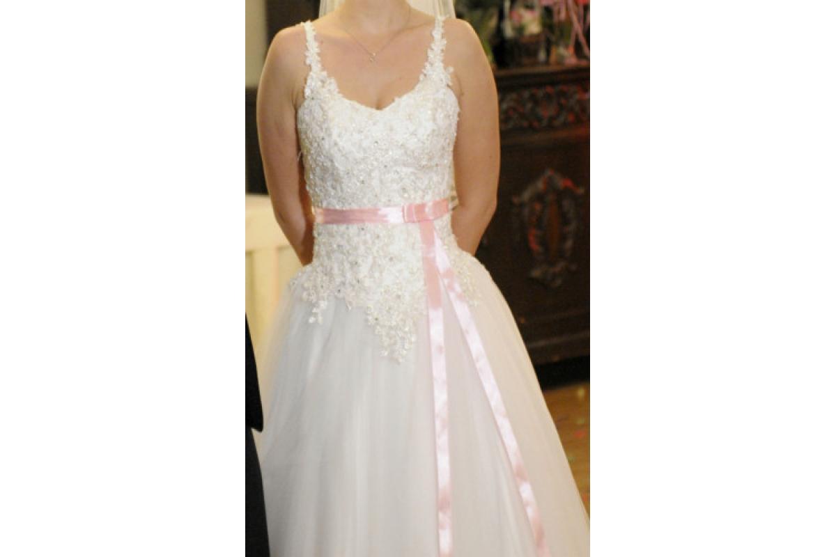 Zachwycająca suknia ślubna Langoria Brigitte – Princesska