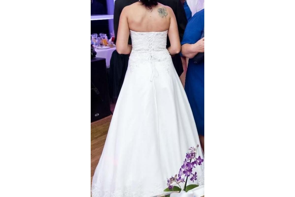 PILNIE SPRZEDAM Biała suknia ślubna, r. 36, litera A