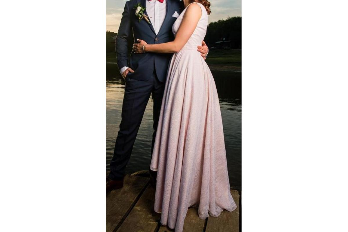 Koronkowa Pudrowy Róż - Madeline od Szyjemy Sukienki
