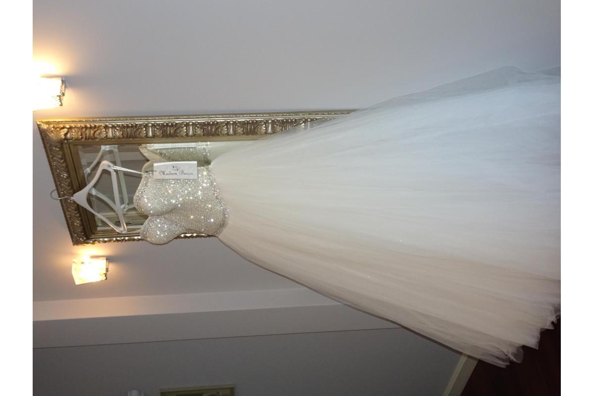 NOWA wyjątkowa suknia ślubna Madonna Madame B - cena w salonie 4400 zł