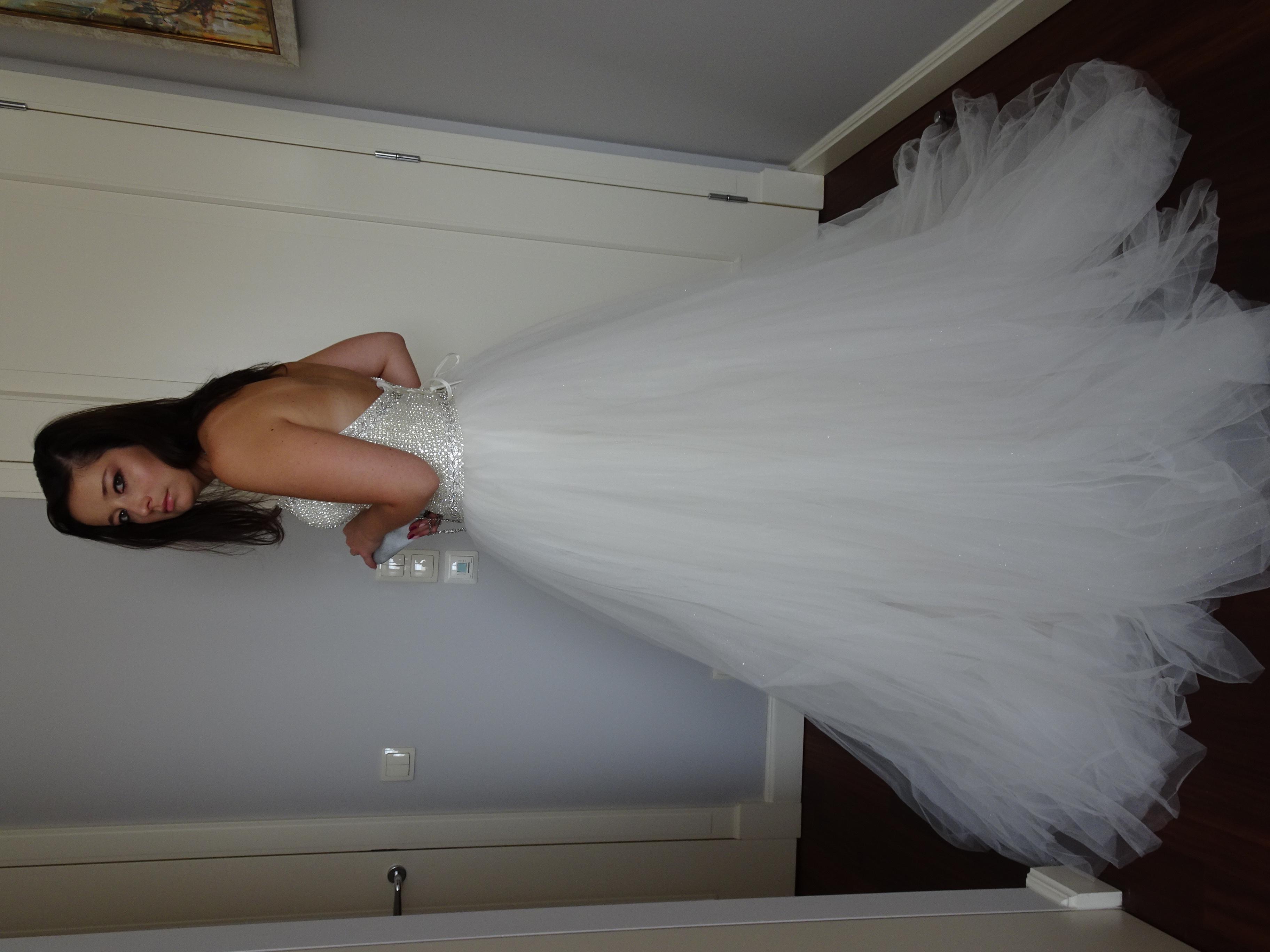 30c67c727a NOWA wyjątkowa suknia ślubna Madonna Madame B - cena w salonie 4400 ...