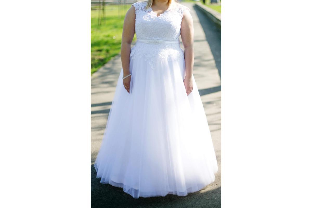 Suknia ślubna Emmi Mariage kolekcja 2018