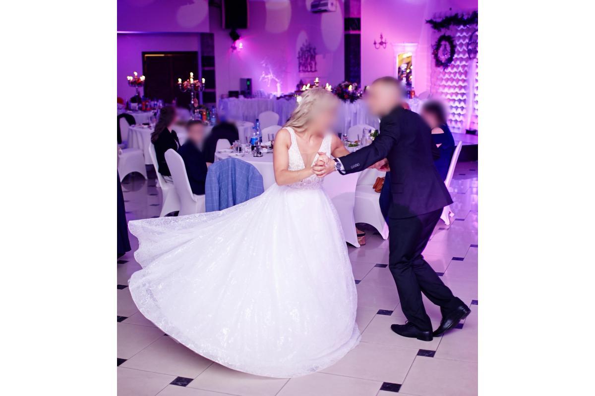 Błyszcząca, włoska suknia ślubna Zahra 2017 rozm 36