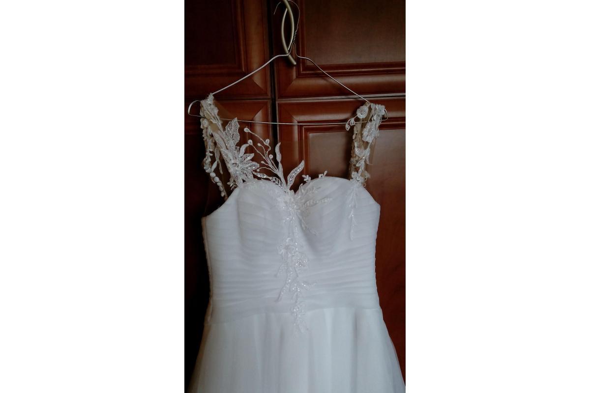 Suknia ślubna rozmiar 36, + halka Duber