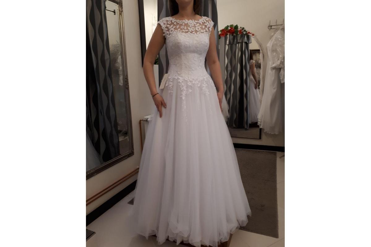Suknia Ślubna Agnes KA 17049 z kolekcji AGNES BRIDAL DREAM 2018.