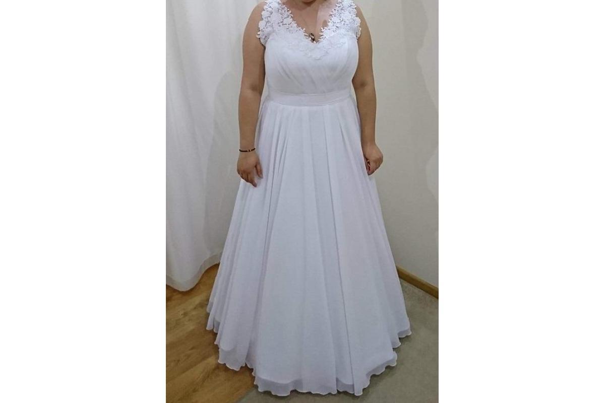 Piękna suknia ślubna, r. 44/46, 800 zł do negocjacji