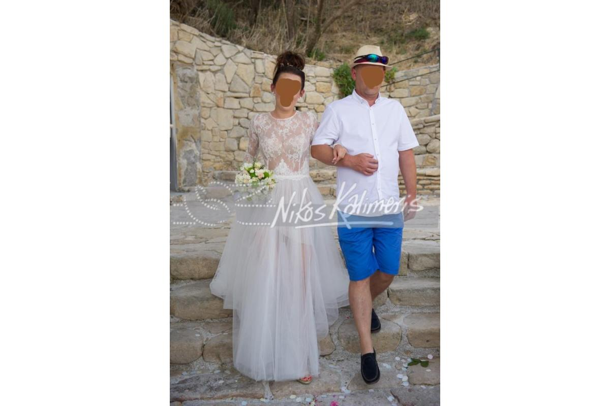 nowoczesna suknia slubna