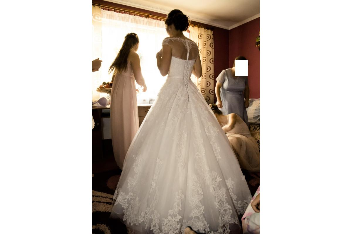 Suknia ślubna śnieżnobiała rozmiar 34, 36, 38