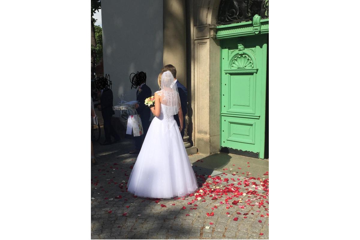 Sorzedam suknię ślubną rozmiar 36 + halka