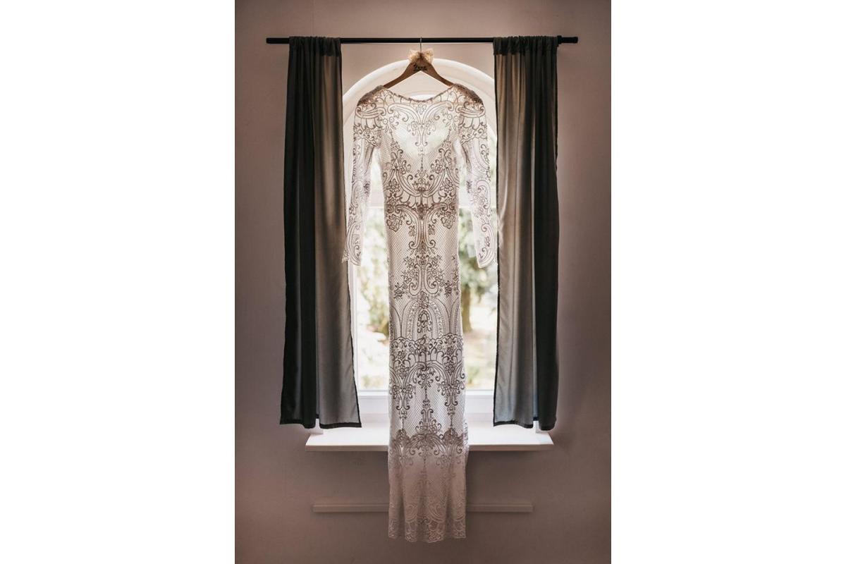 koronkowa suknia Ochocka