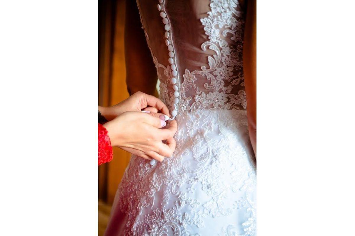 Wyjątkowa suknia ślubna biała