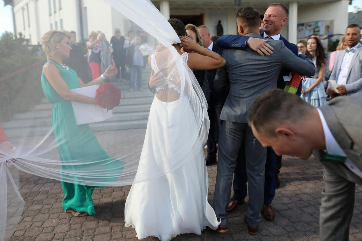 Suknia Ślubna Pronovias/ Tarik Ediz Odkryte Plecy Kolekcja 2019