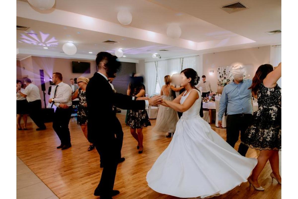 Suknia ślubna Atłas