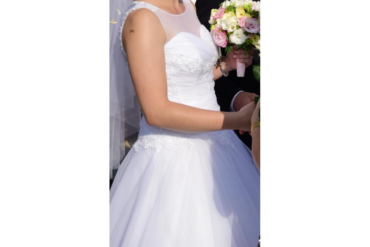 Suknia ślubna MARIELLA z salonu
