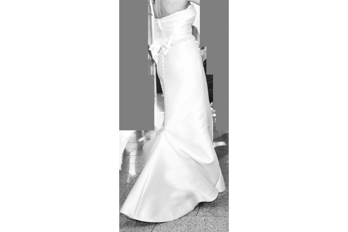 Suknia ślubna Flossman kolekcja Pronovias Tasiala +welon