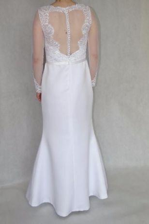 Nowanieużywana Suknia ślubna Prosto Od Krawcowej Kolczyki Gratis