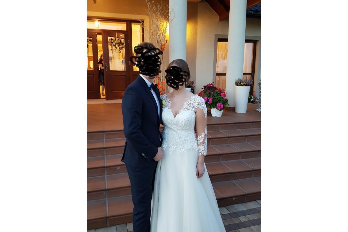Piękna suknia ślubna ecru koronka gipiura 38-40