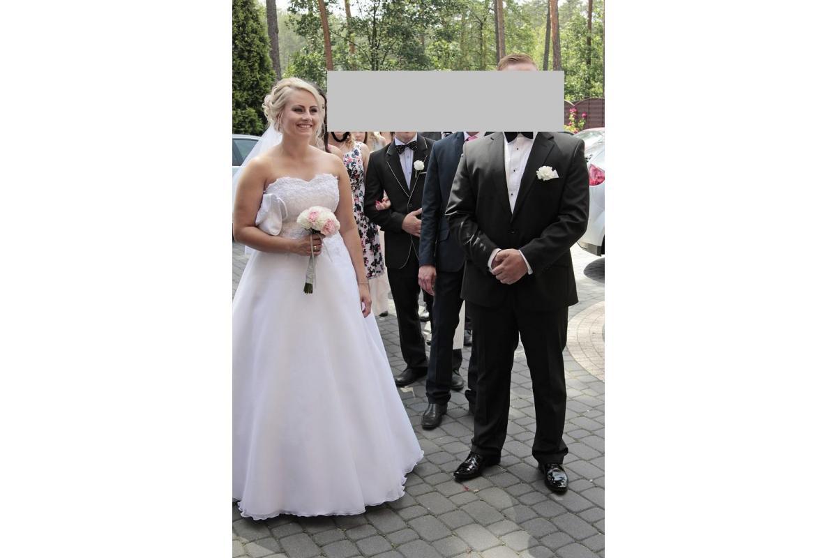 suknia  ślubna + akcesoria