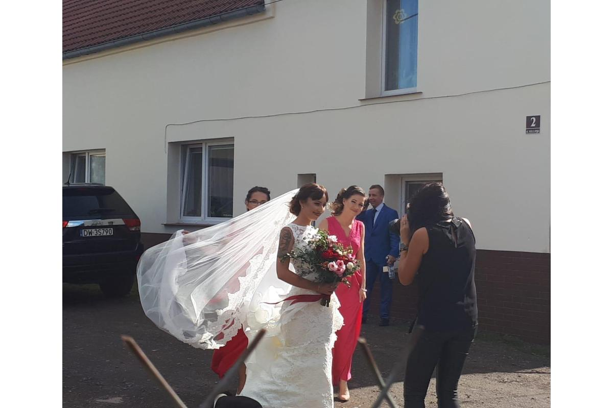 Welon ślubny katedralny