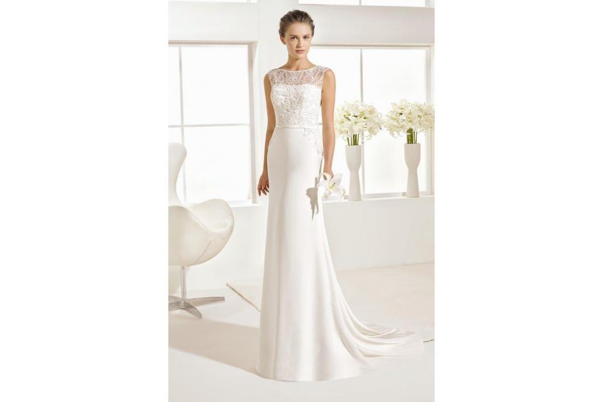 Hiszpańska suknia Rosa Clara Orxet