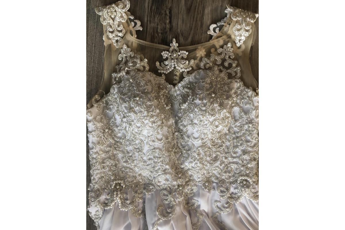 Sukienka ślubna Su Tres Amore Sydney 40/42