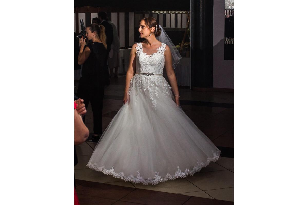 Piękna suknia princeska Vanilla Sposa 1433