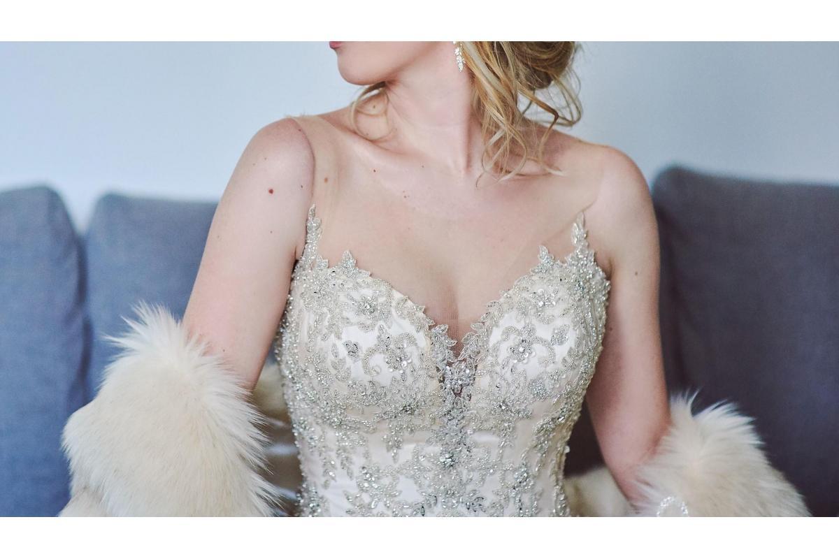 Pudrowa suknia ślubna model Vanessa 1825, gorset Swarovski, rozmiar 36