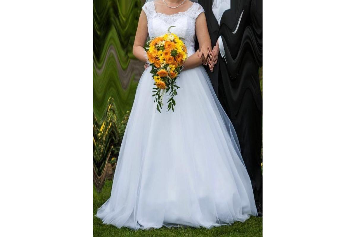Suknia ślubna. Welon gratis!