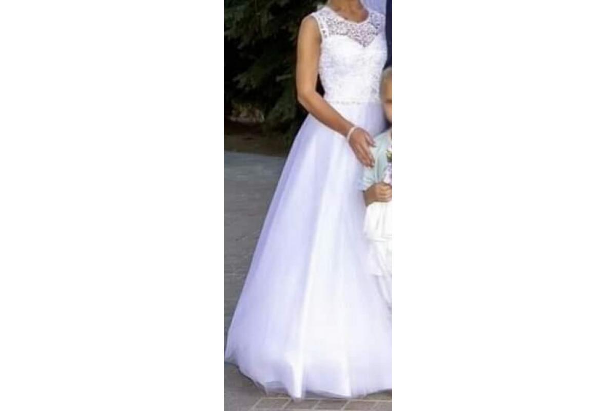 Piękna suknia Princesska