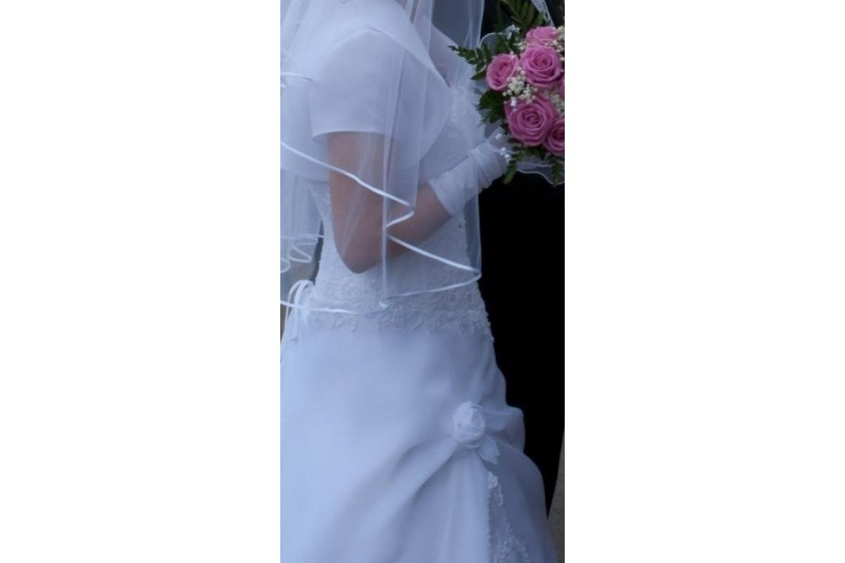 Suknia ślubna ADRIA - litera A - boho - asymetryczna - falbana - haft - śnieżnobiała - rozm. 40/42