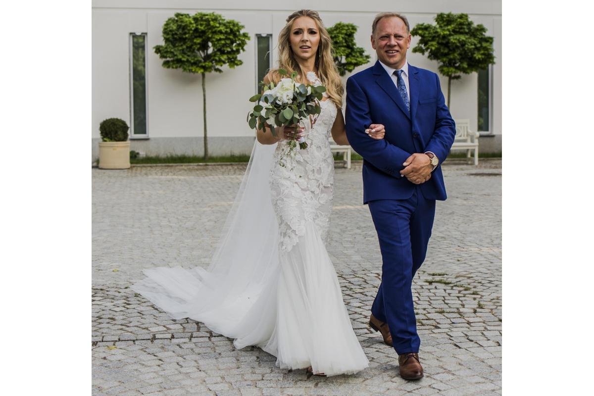 Suknia Ślubna Pronovias Atelier model Raen