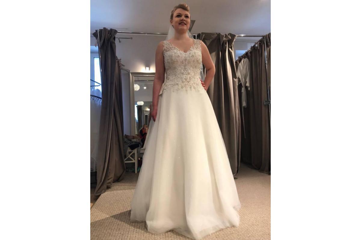 Suknia ślubna 42/44 Agnes/Mavi