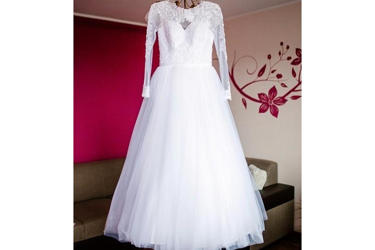 suknia ślubna koronka długi rękaw