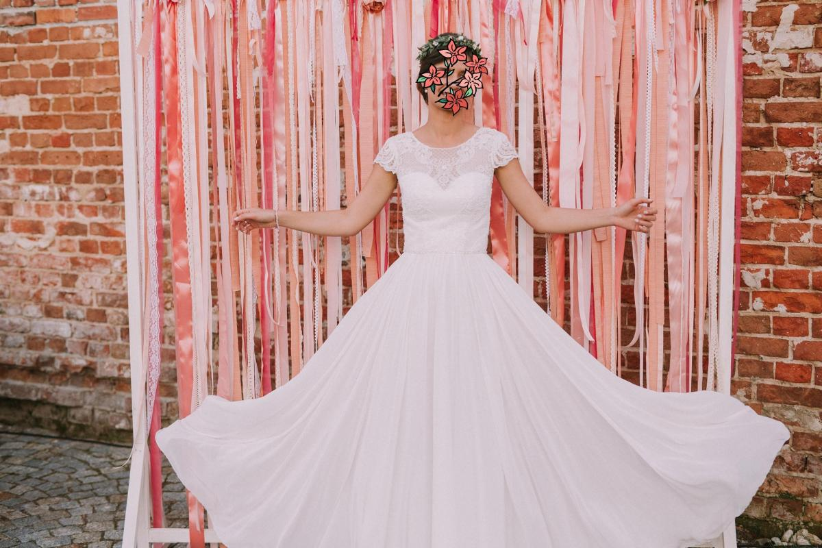 Romantyczna suknia ślubna Annais Bridal 36
