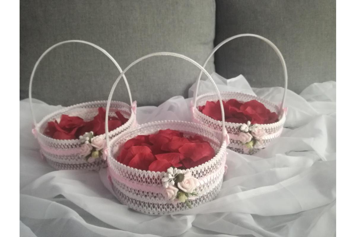 Koszyczki do sypania kwiatkow