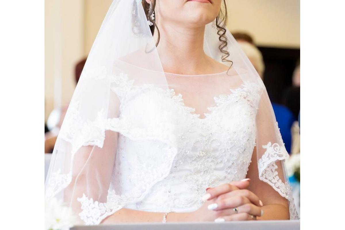 Sprzedam zjawiskową suknię ślubną- welon gratis!!!