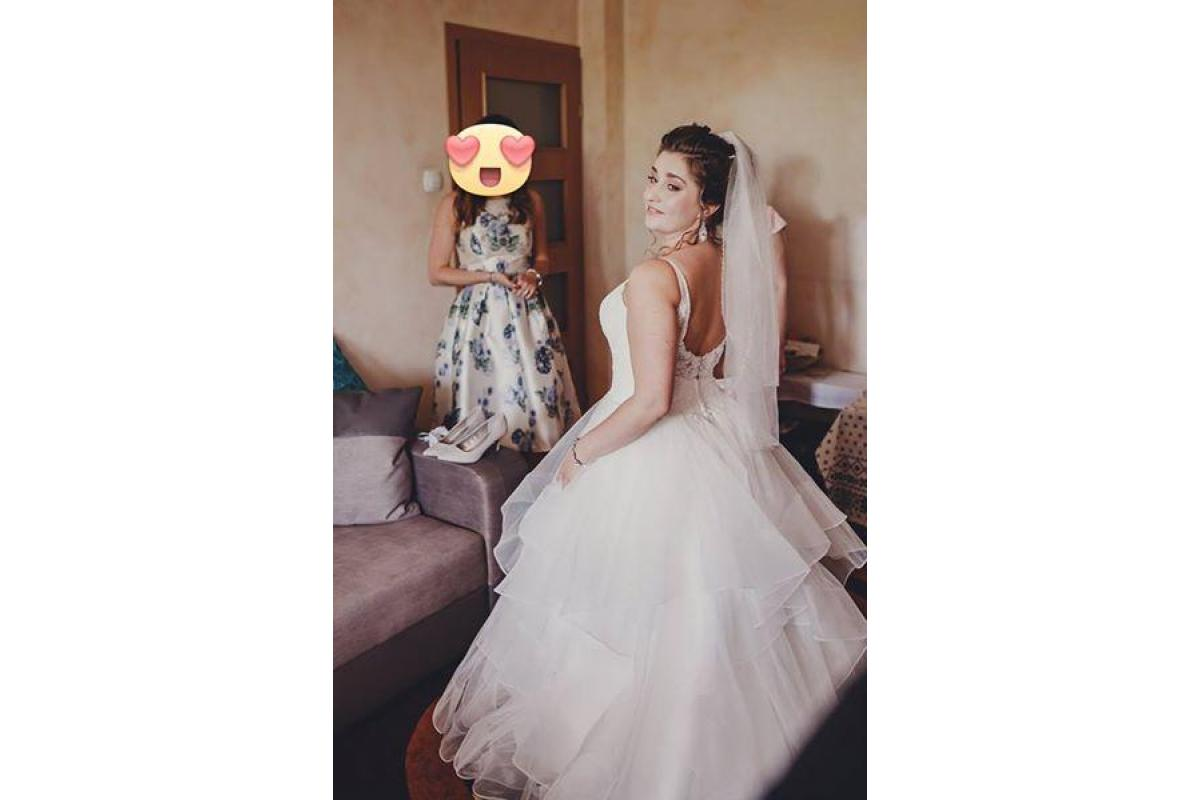 Suknia ślubna, Nenufar