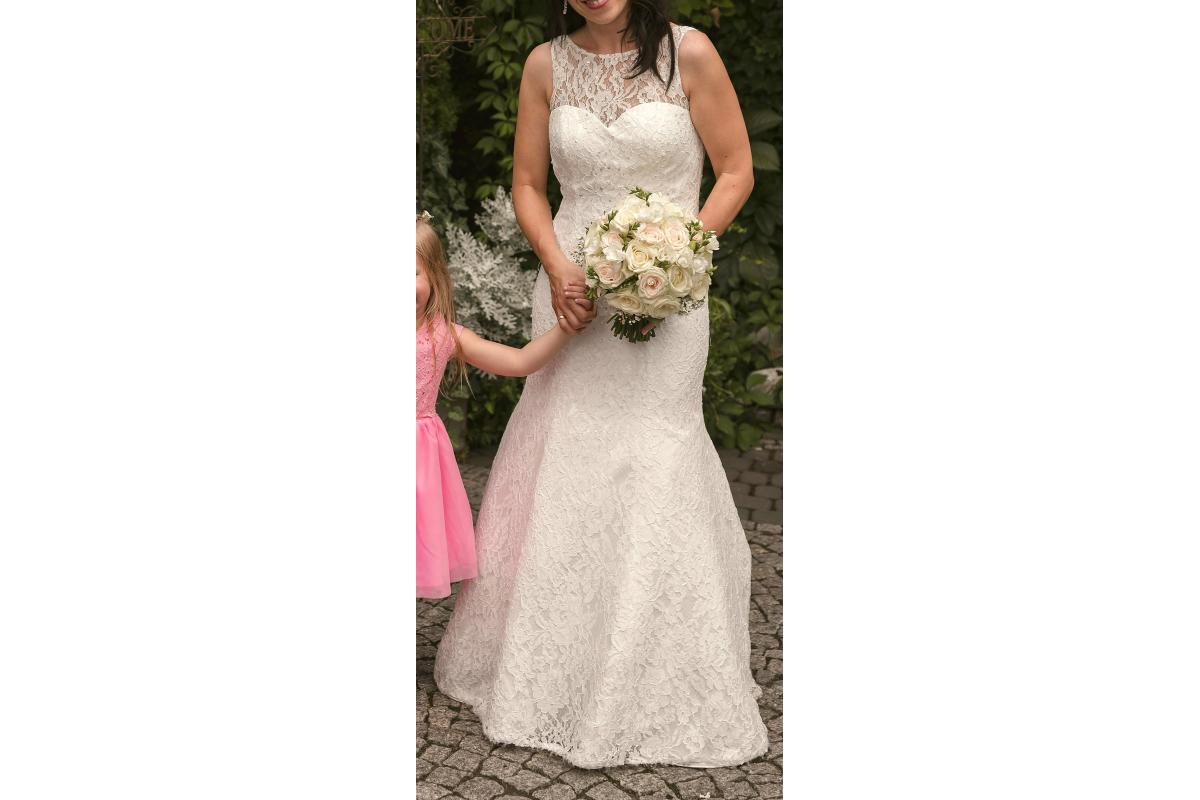 Suknia ślubna Luxuar Fashion BRIDAL  Kolor: ivory