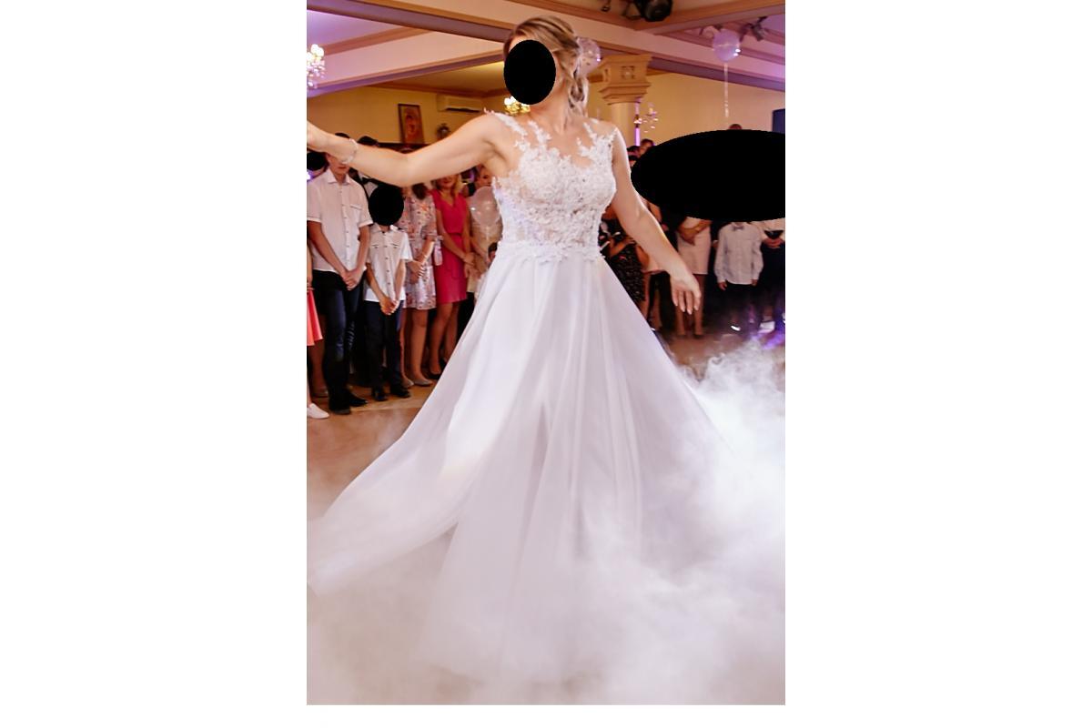 Delikatna suknia ślubna Gala Asami+ welon 1,5 m