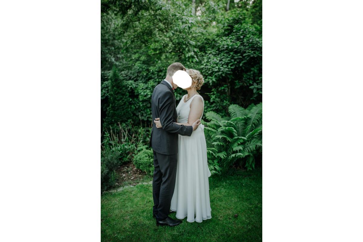 Suknia ślubna rom 42, ECRU