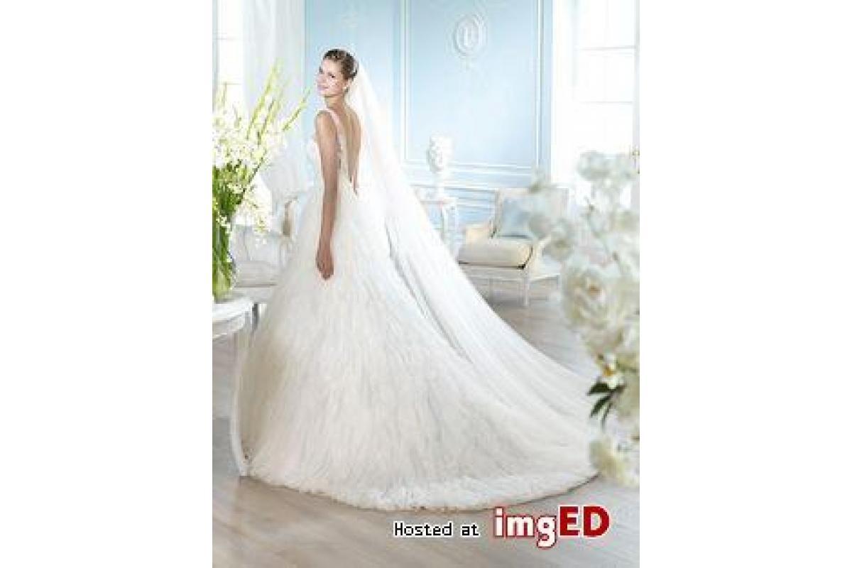 Piękna suknia ślubna na sprzedaż