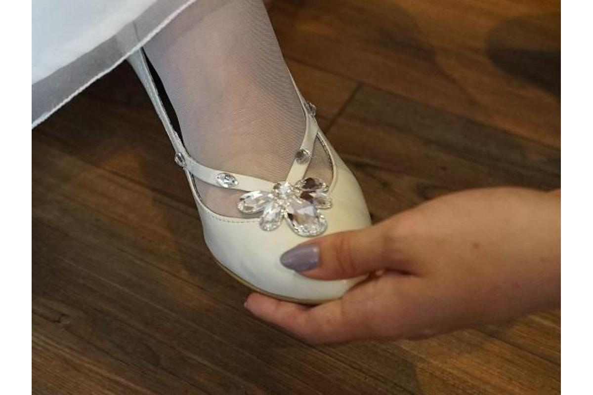 Buty ślubne LaBoda rozmiar 38 ivory