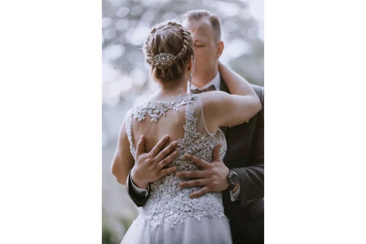 Suknia ślubna szara 38-40